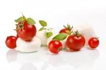 Tomatoe Mozzarella Salad